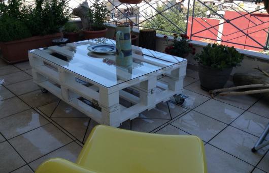 Τραπέζι από παλέτες